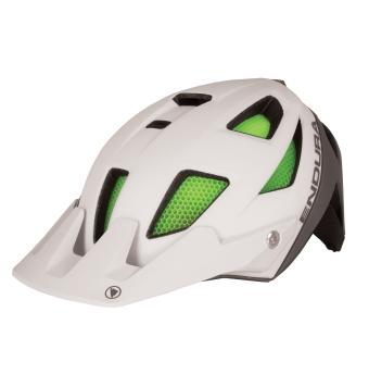 Casco Endura MT500 de bicicleta de montaña estilo Enduro de alto rendimiento con visera ajustable.